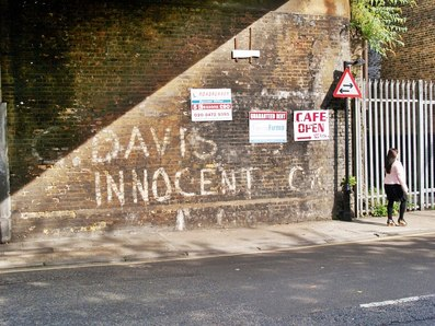 George Davis is Innocent graffiti in Salmon Lane, Limehouse