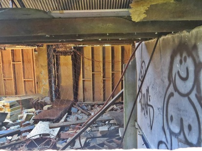 Underhill (Barnet) - Derelict Interior of Old Stationers FC  Pavillion