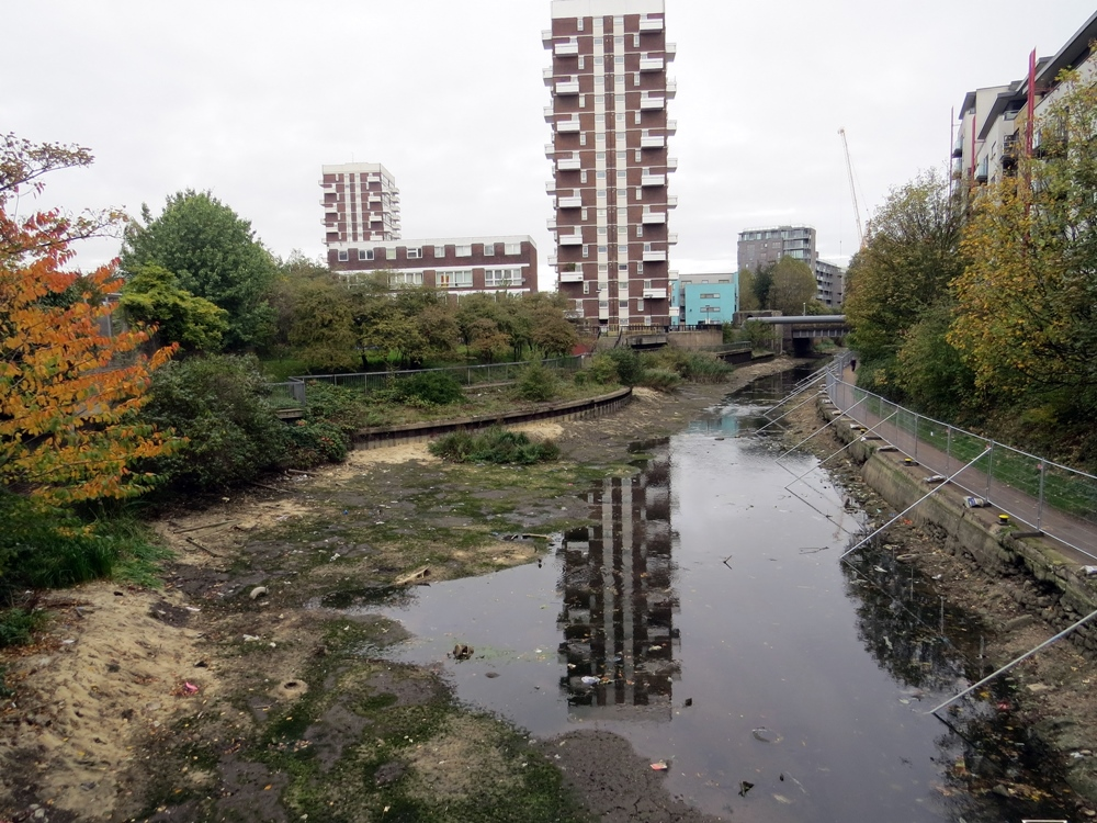 engineers carrying out repair works drained more than seven million gallons of water from a stretch of Regent's Canal from Limehouse up towards Mile End.