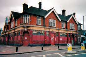 The Avenue Hotel, known locally as the Flying Bottle, Church Road closed in 1990  after a murder taking place in the pub.  The building has been converted into a Hindu temple - the London Sri Murugan Temple.