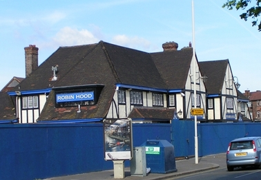 The closed down Robin Hood pub in Dagenham RM8