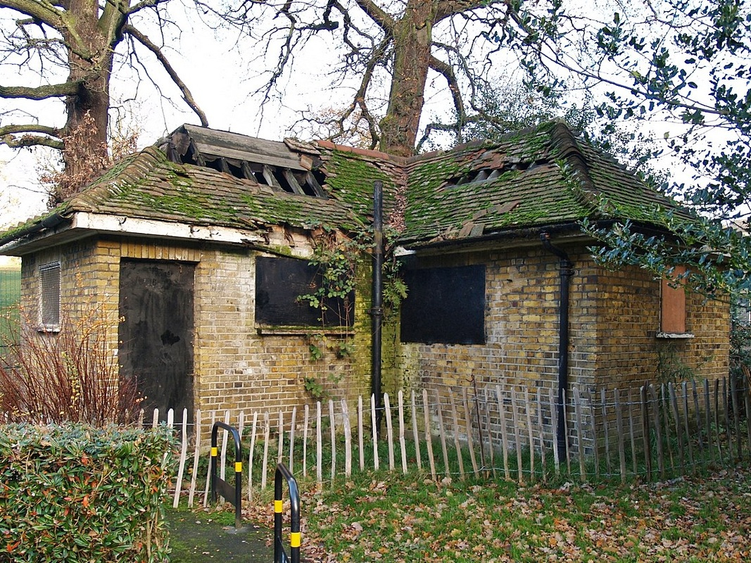 Charlton SE7 Derelict Public Toilet in Maryon Wilson Park by Paul Talling of Derelict London