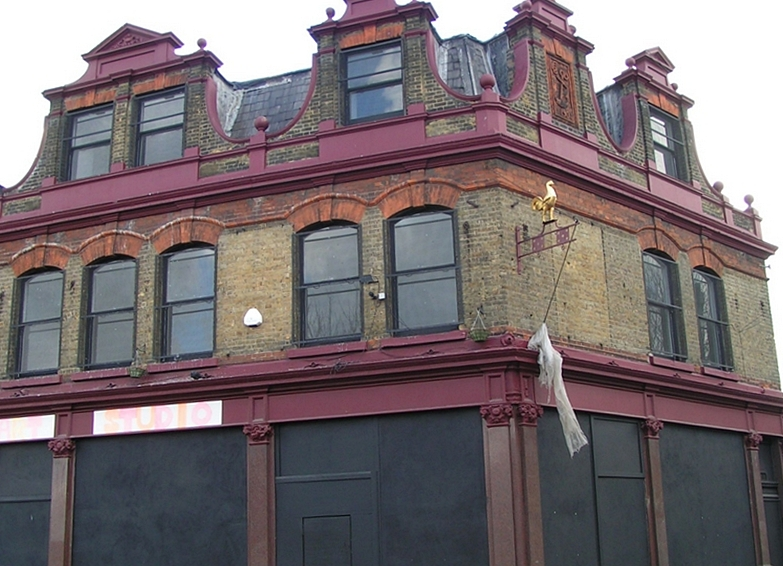 Picture of closed down pub The Anchor, Star Lane, Canning Town, E16 in 2003