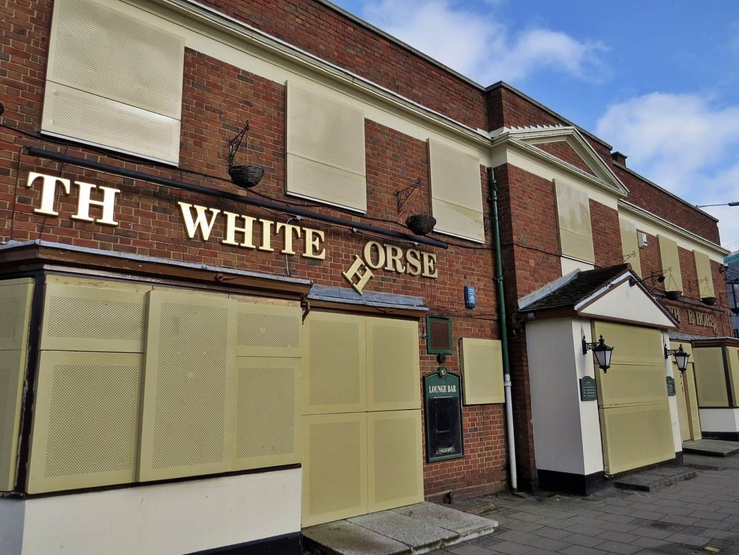 The now empty pub White Horse in Barking was once the scene of a fatal shooting