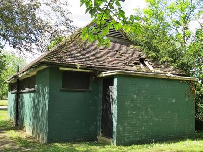 Headstone Manor toilets, Headstone Recreation Ground, Pinner View, Harrow, HA2