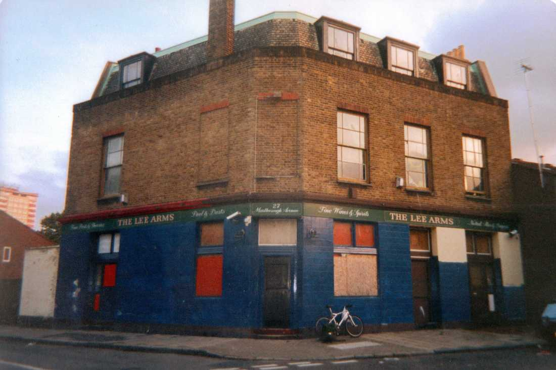 The derelict Lee Arms pub (aka Rosie O'Grady's) in Dalston