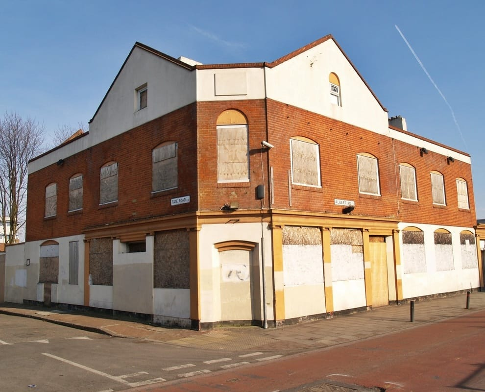 Pic of the derelict Prince Albert pub on Albert Rd once known locally as 'Stempsies' after the name of the licencee John Stemp who ran the pub for many years