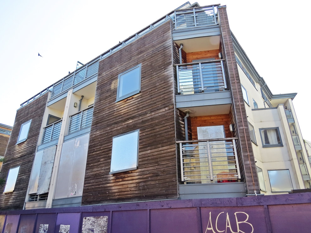 Newbuild dereliction in South London. ​Peckham SE15 - Solomons Passage